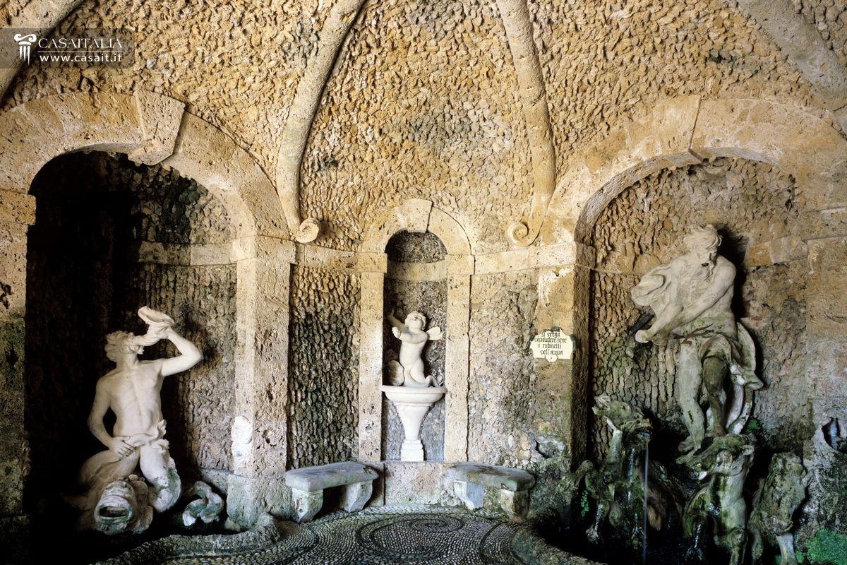 Toscana lucca tenuta con villa storica di lusso in vendita for Planimetrie della villa toscana