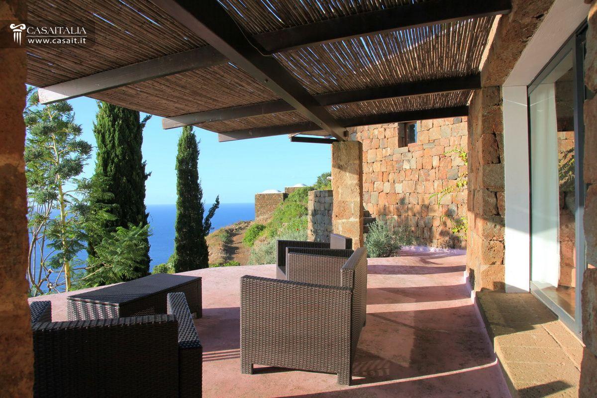Free giardino pensile terrazzo ville sul mare e sui laghi - Giardini sui terrazzi ...