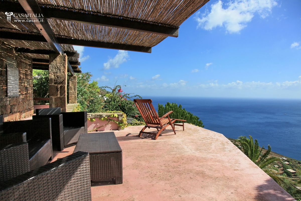 Case Di Pietra Pantelleria : Pantelleria balata dei turchi dammuso in vendita