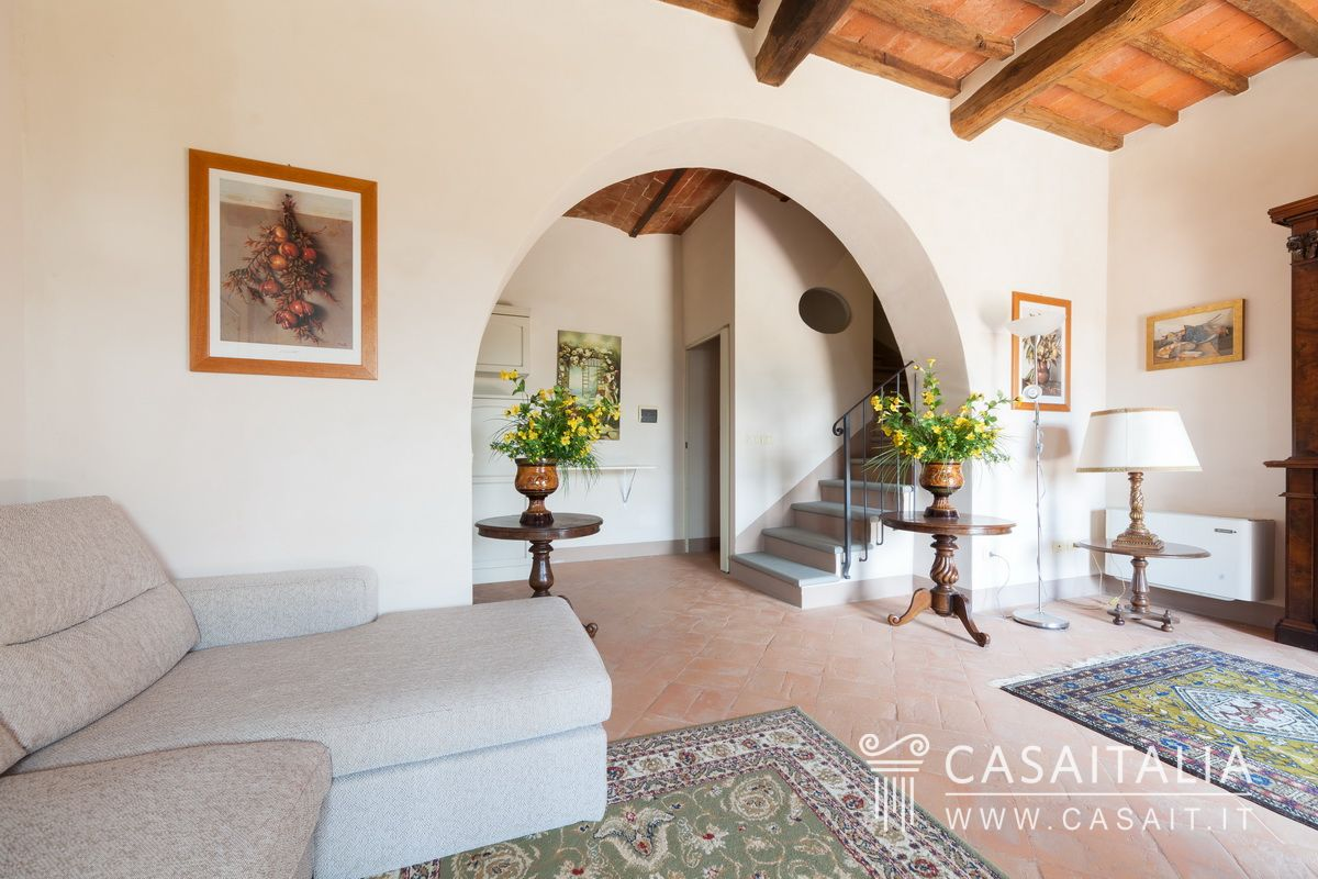 Toscana cortona vendita appartamento con giardino - Giardino interno appartamento ...