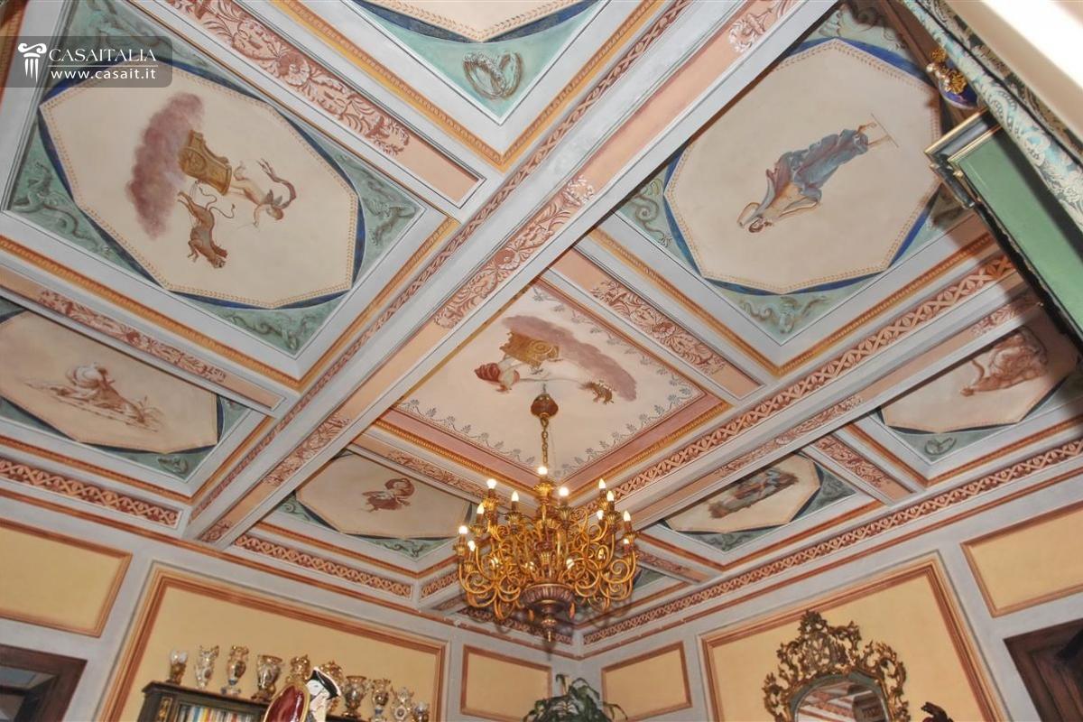 Soffitto decorazione piante - Decorazioni per soffitti ...