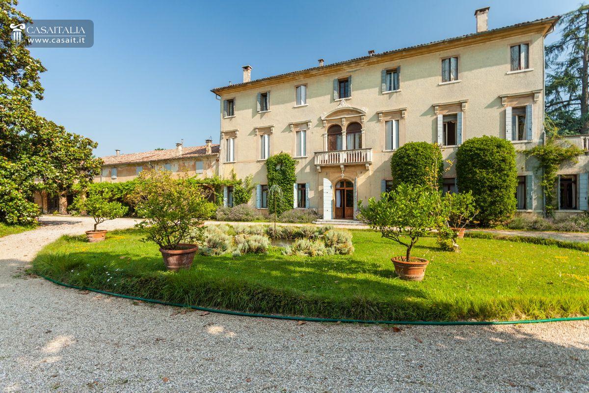 Veneto asolo vendita antica villa veneta di lusso for Ville in vendita di lusso