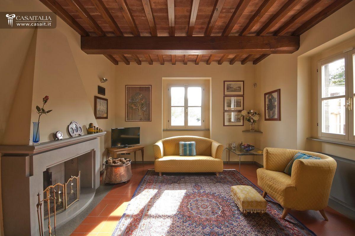 Ville e casali in vendita for Interni ristrutturati