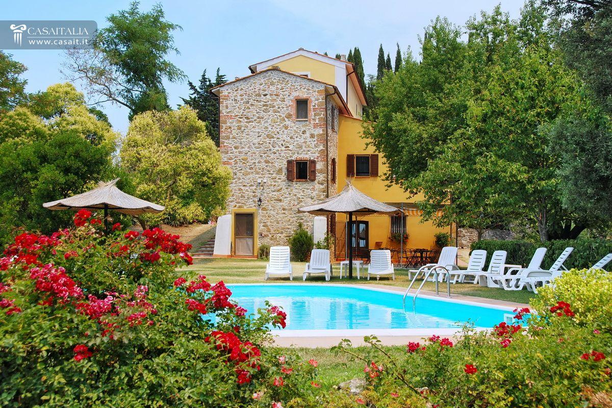 Toscana Vendita Villa Con Piscina E Uliveto