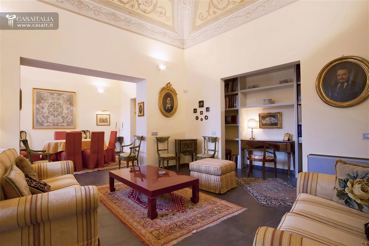 Orvieto vendita appartamento con terrazzo for Immagini di appartamenti ristrutturati