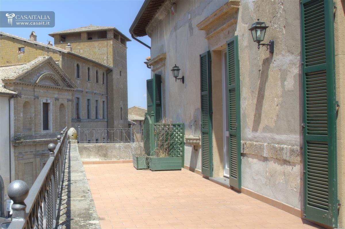 Orvieto vendita appartamento con terrazzo for Vendita appartamenti centro storico roma