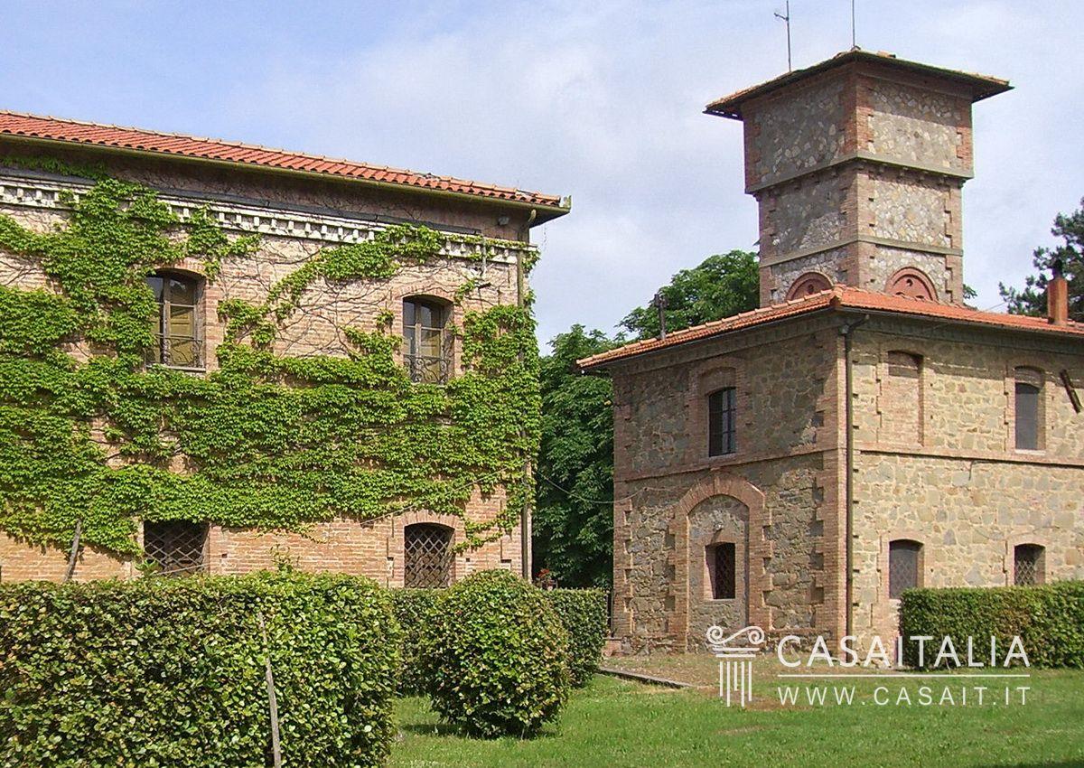 Villa d 39 epoca con parco in vendita in umbria for Cianografie d epoca in vendita
