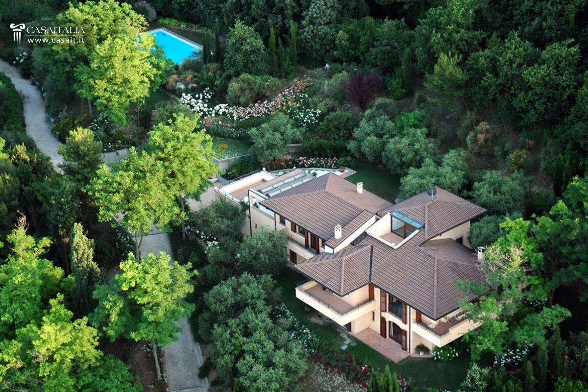 Vendita villa di lusso a pesaro for Vendesi ville di lusso
