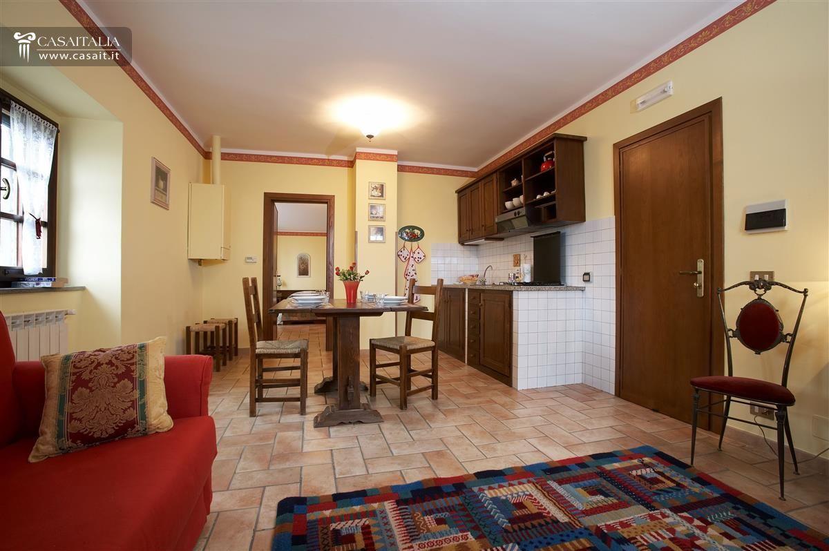 Umbria villa in vendita ad assisi for Appartamenti assisi