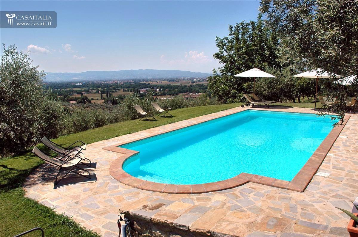 Umbria villa in vendita ad assisi - Piscina a sale ...