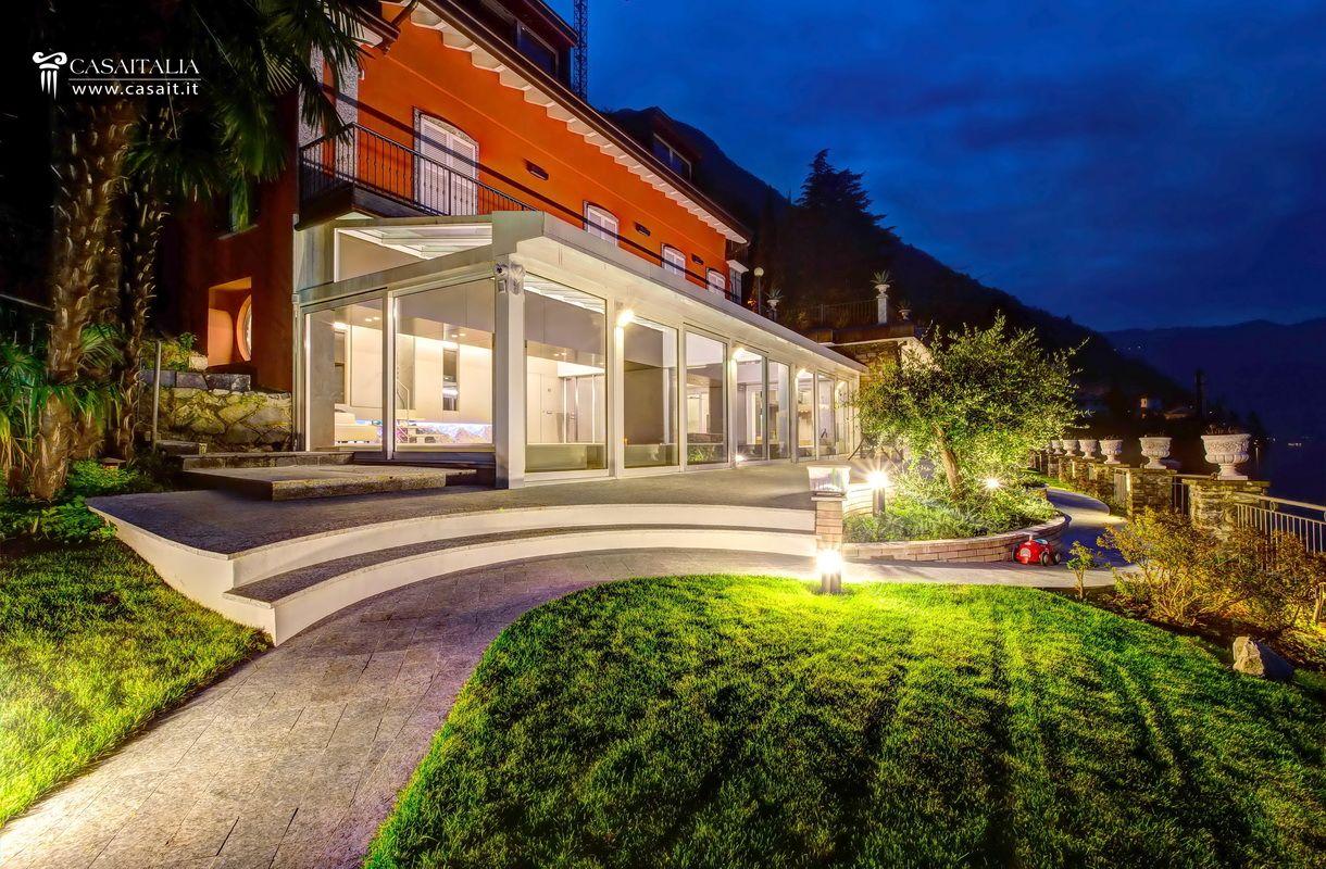 Villa di lusso in vendita sul lago di como for Architettura ville moderne