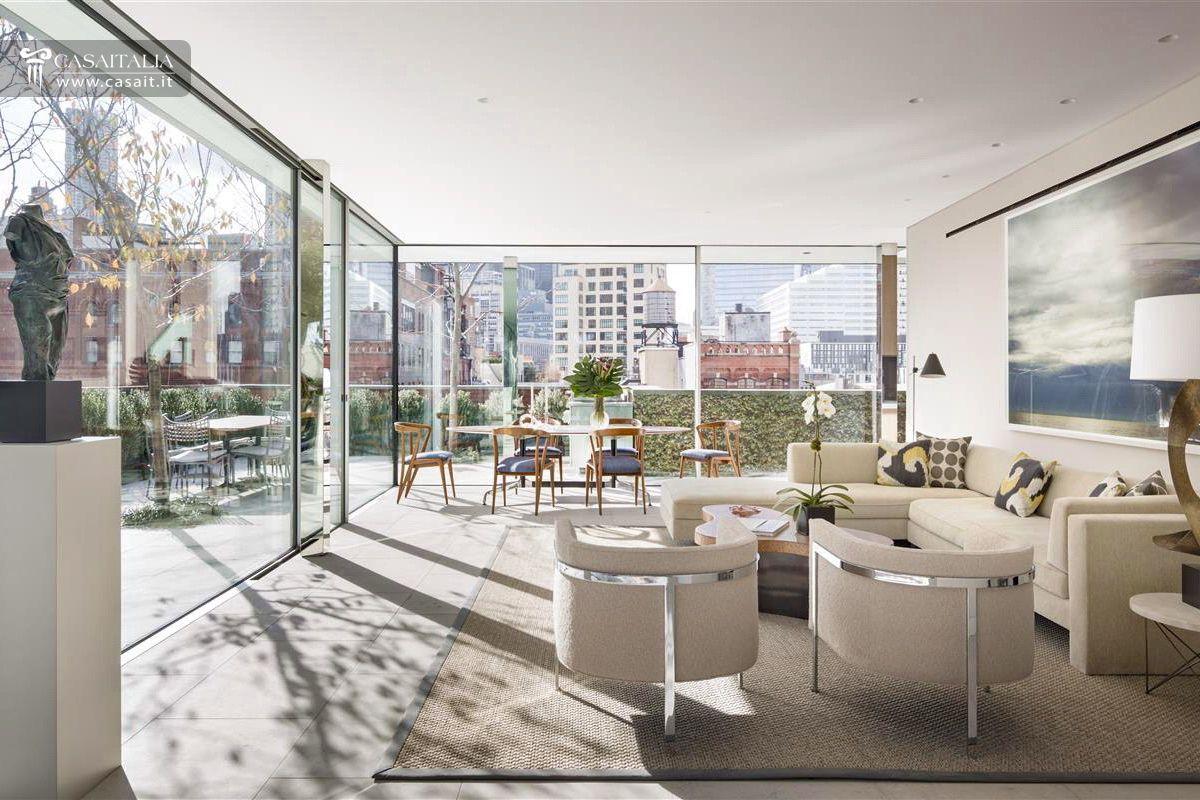 Attico di lusso con terrazzo e piscina in vendita a tribeca for Appartamenti vacanze new york city manhattan