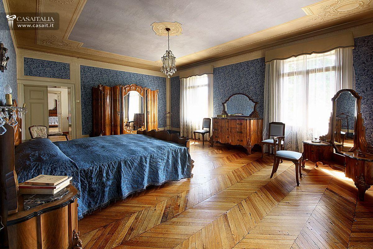 Villa d 39 epoca con parco in vendita a marostica for Foto interni ville