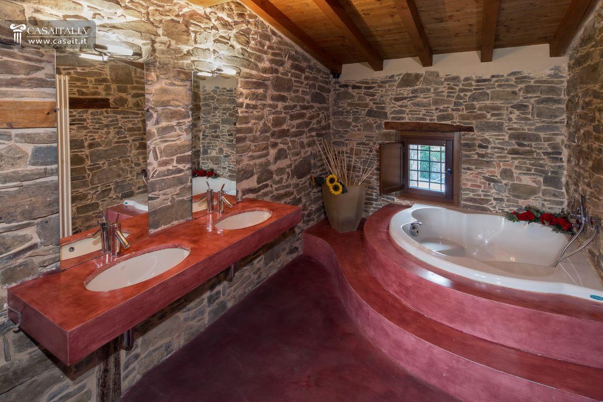 Appartamento in rustico ristrutturato, a 15 km da Bergamo