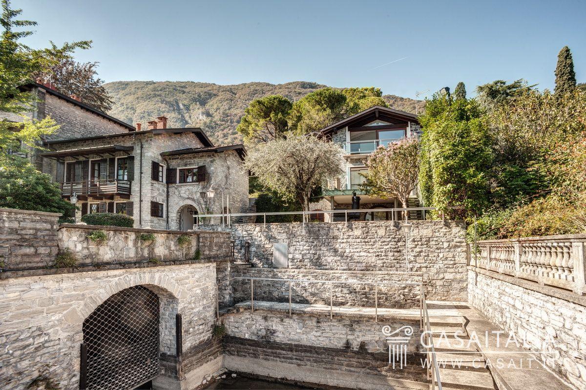 Villa con darsena sul lago di como for Ceresio palestra