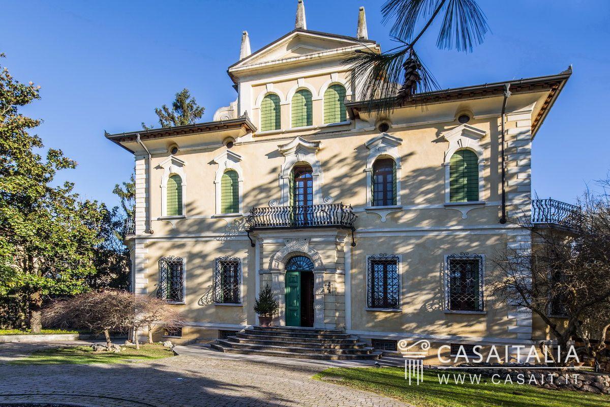 Villa d 39 epoca in vendita a 20 km da verona - Comprare casa italia ...