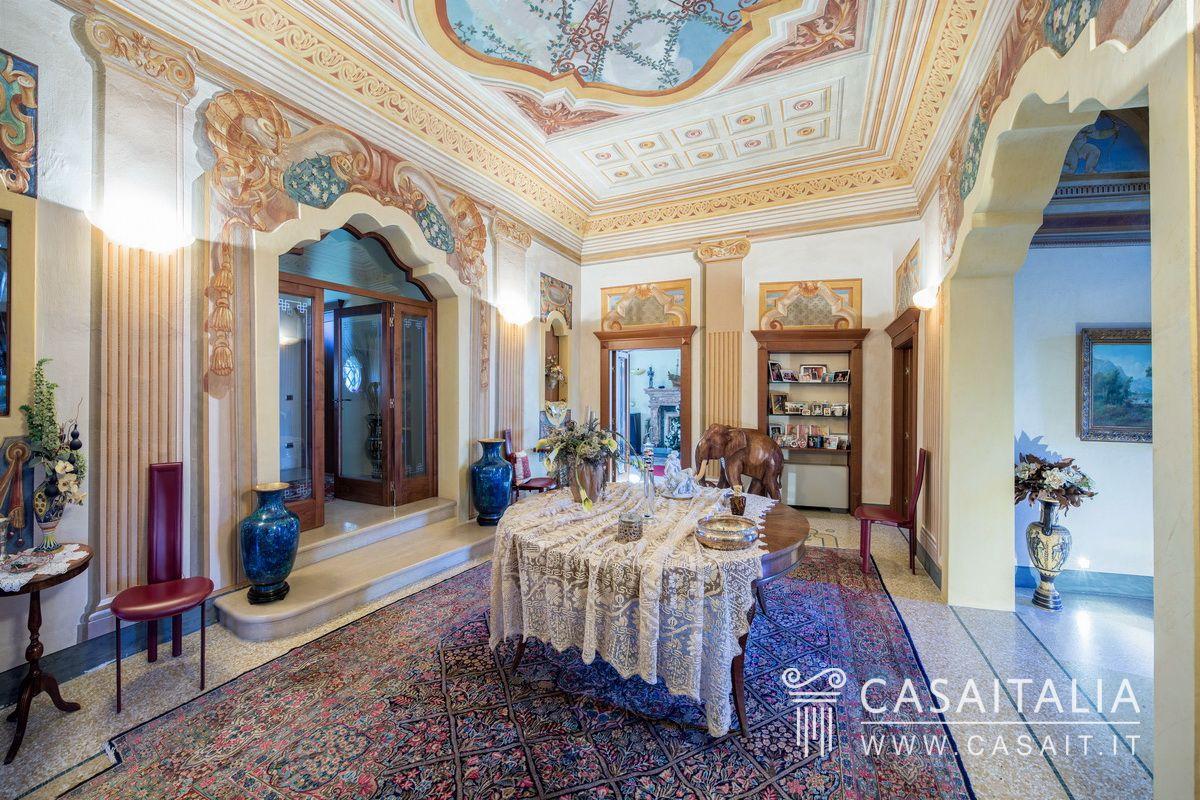 villa d 39 epoca in vendita a 20 km da verona