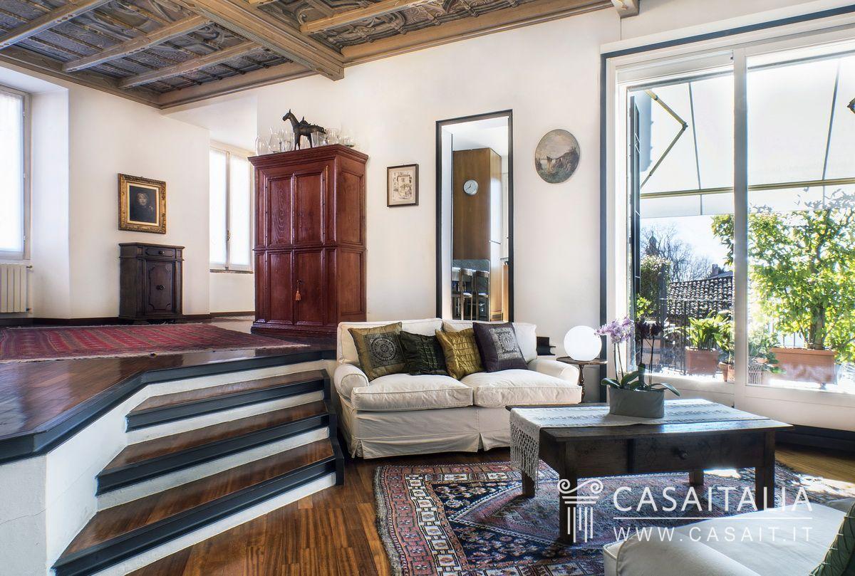 Appartamento in villa d 39 epoca for Case d epoca