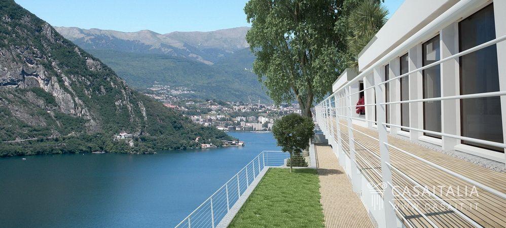 Villa di nuova costruzione con vista lago for Planimetrie vista lago