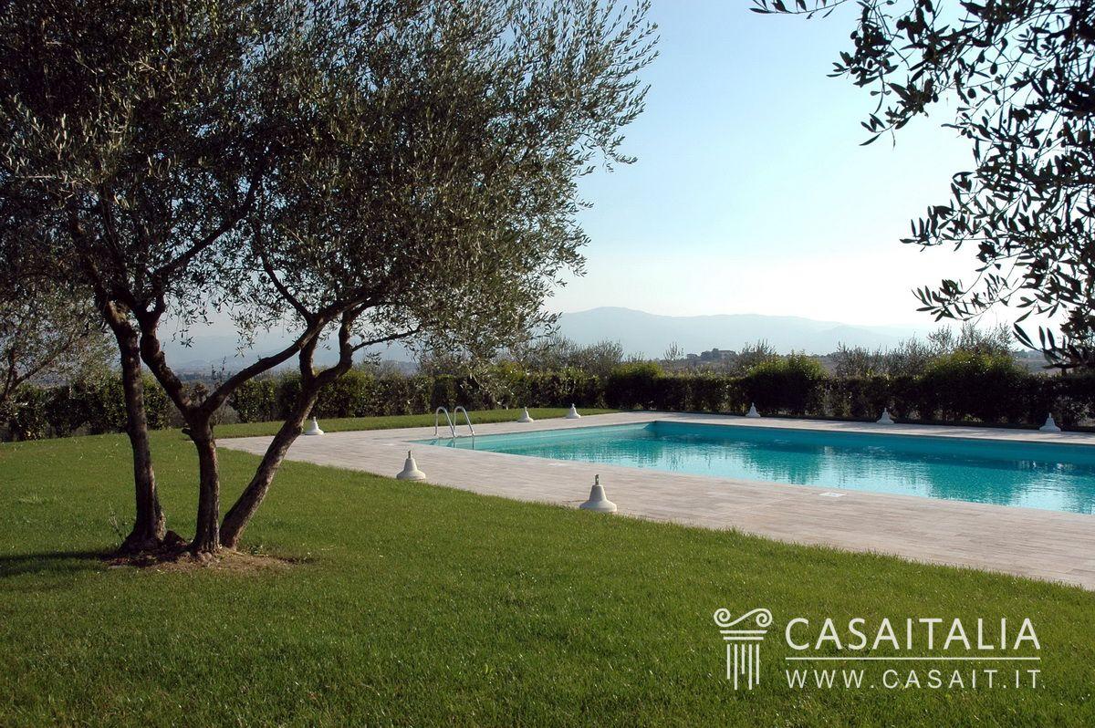 Appartamento cielo terra con giardino in vendita in toscana - Vendita terra da giardino ...