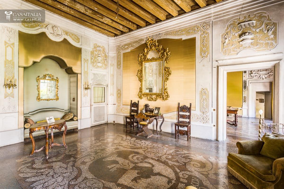 Veneto Dolomiti Vendita Villa Di Pregio Storico