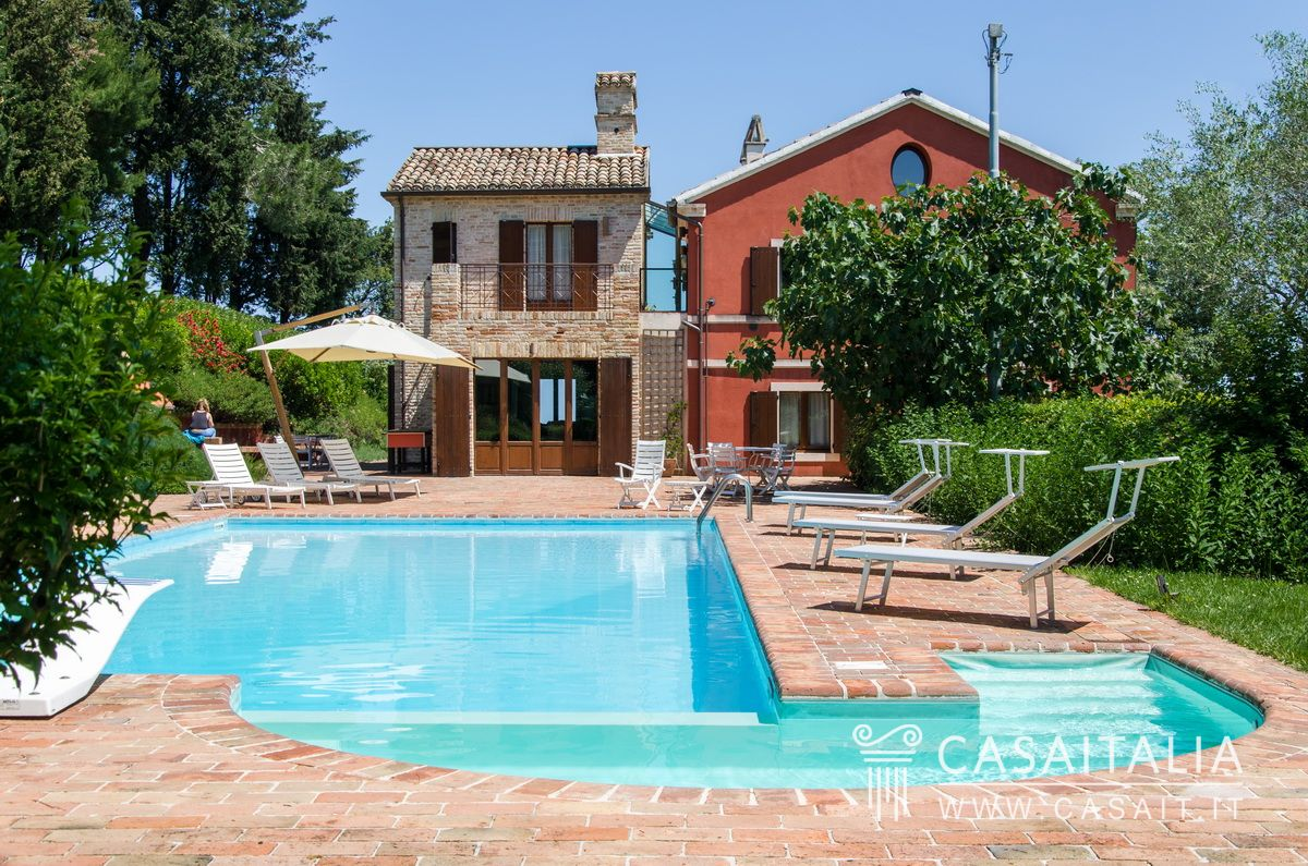 Ville e casali in vendita - Villa con piscina milano ...