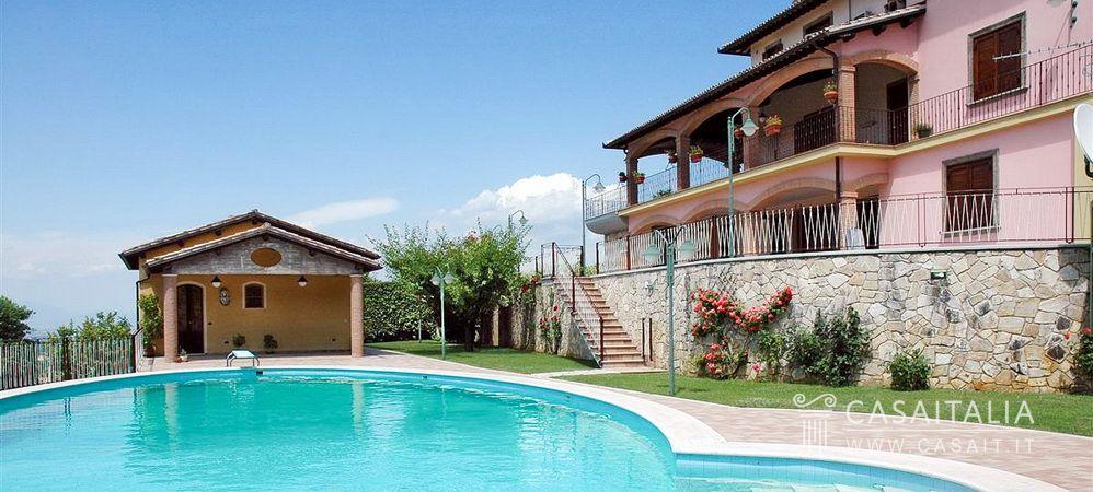 Villa con piscina a due passi da spoleto - Hotel con piscina umbria ...