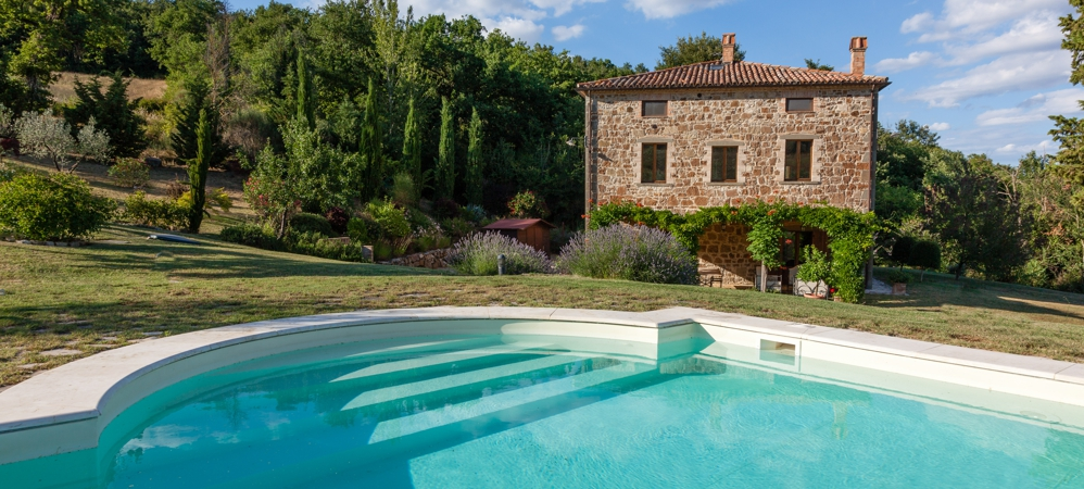 Immobili di pregio in italia casaitalia international - Villa glicini piscina ...