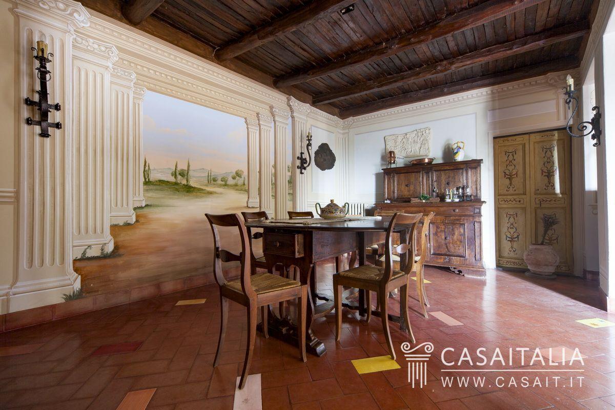 Villa d 39 epoca con giardino in vendita a spoleto for Case single story in vendita vicino a me