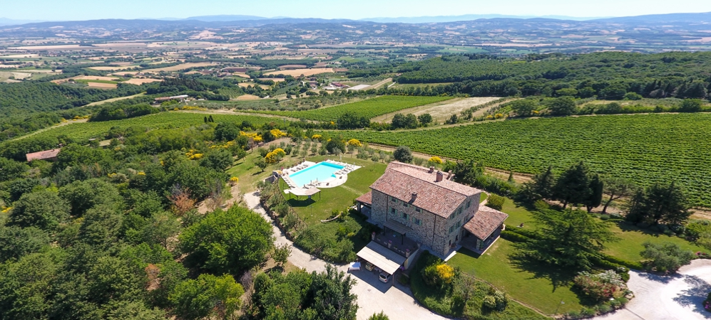 Luxury farmhouse for sale in Umbria - Todi
