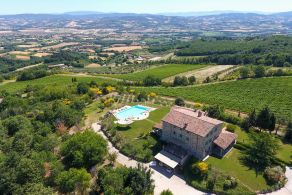 Amazing villa for sale in Umbria - Italy