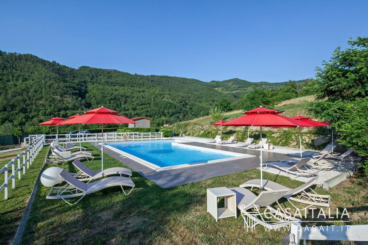 Agriturismo in vendita vicino acqui terme piemonte - Agriturismo con piscina vicino roma ...