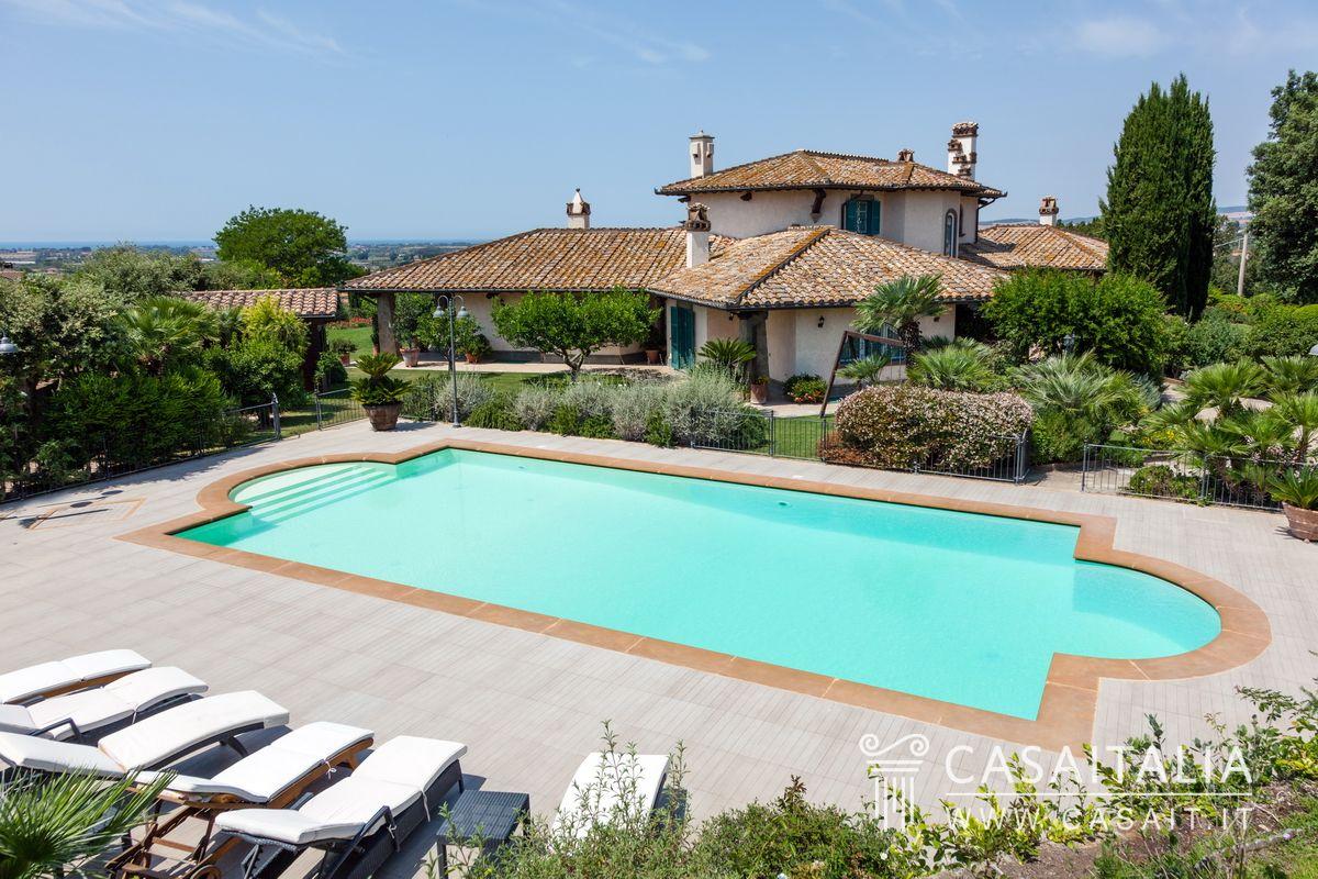 Villa di lusso in vendita a cerveteri for Vendita case lusso