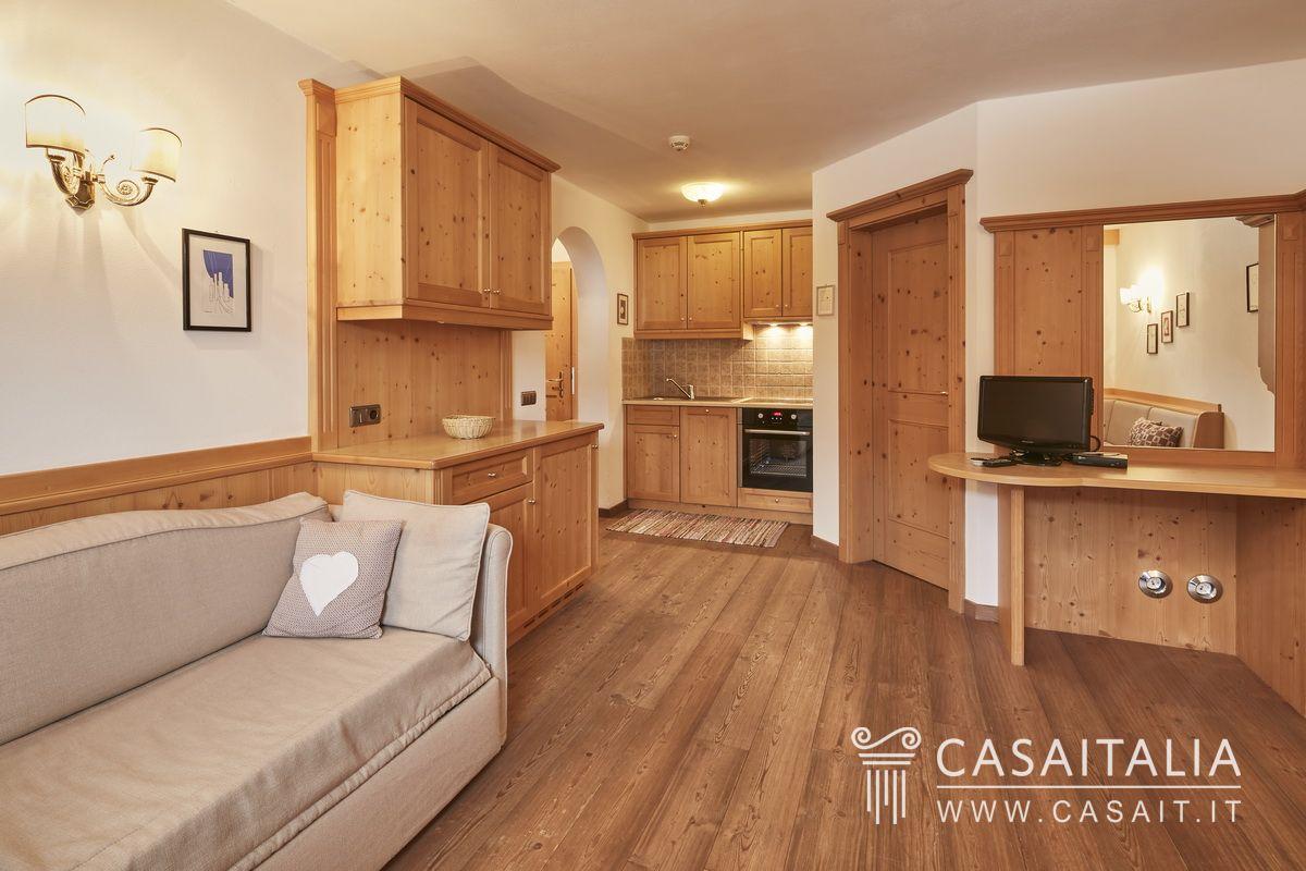 Appartamenti in vendita in chalet a san cassiano - Residence val badia con piscina ...
