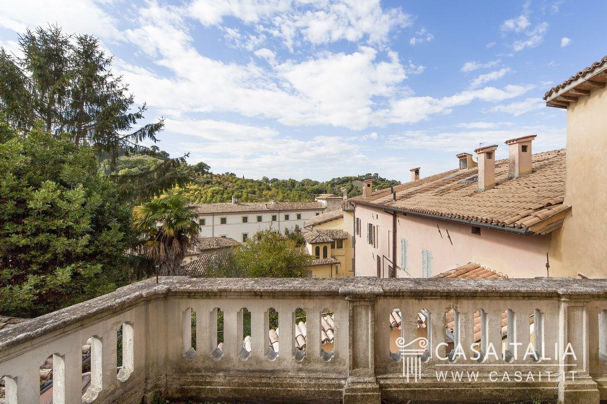 Case Con Terrazzo Roma appartamenti di lusso in vendita