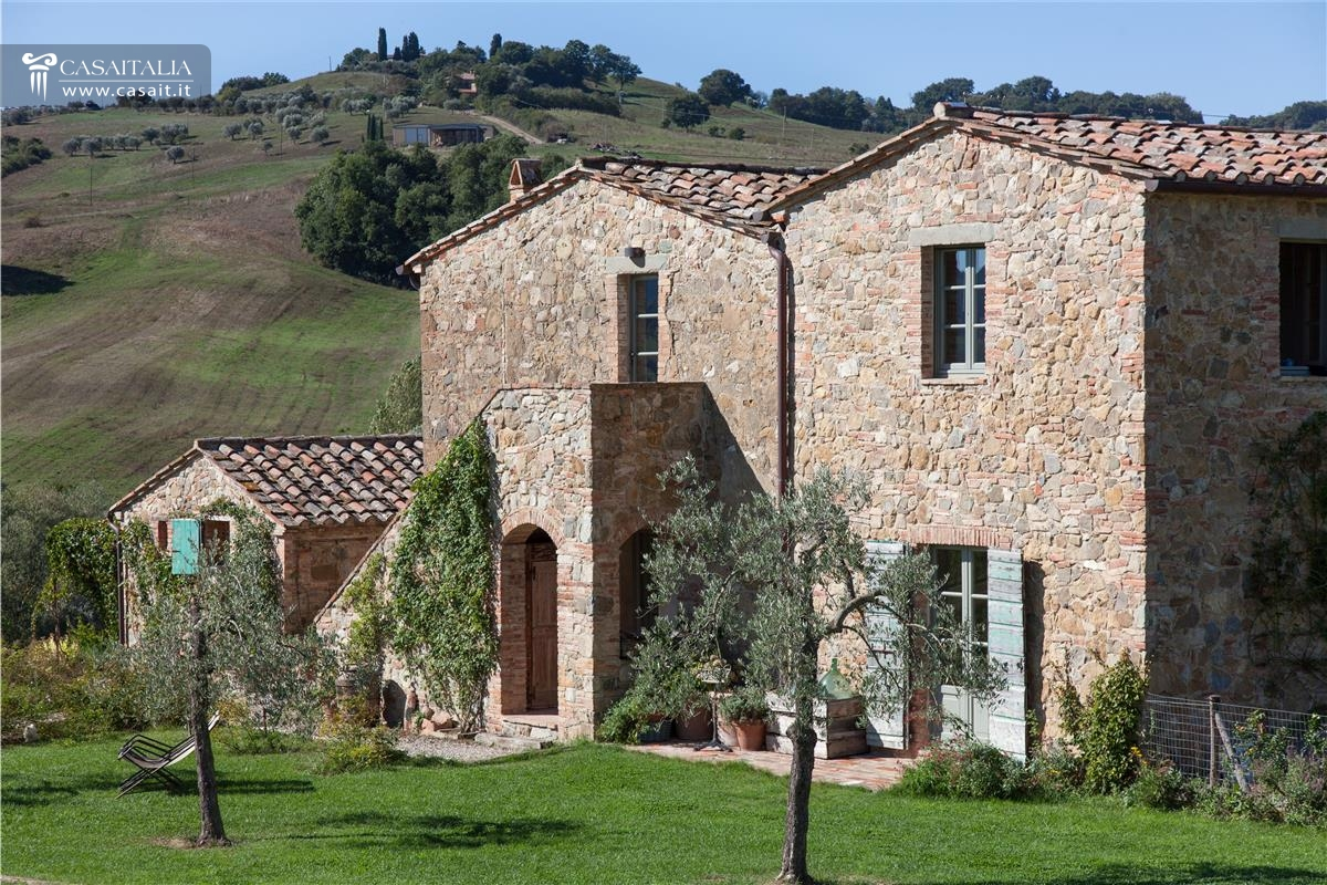 Toscana val d 39 orcia casale di lusso in vendita for Cabinati di lusso in vendita