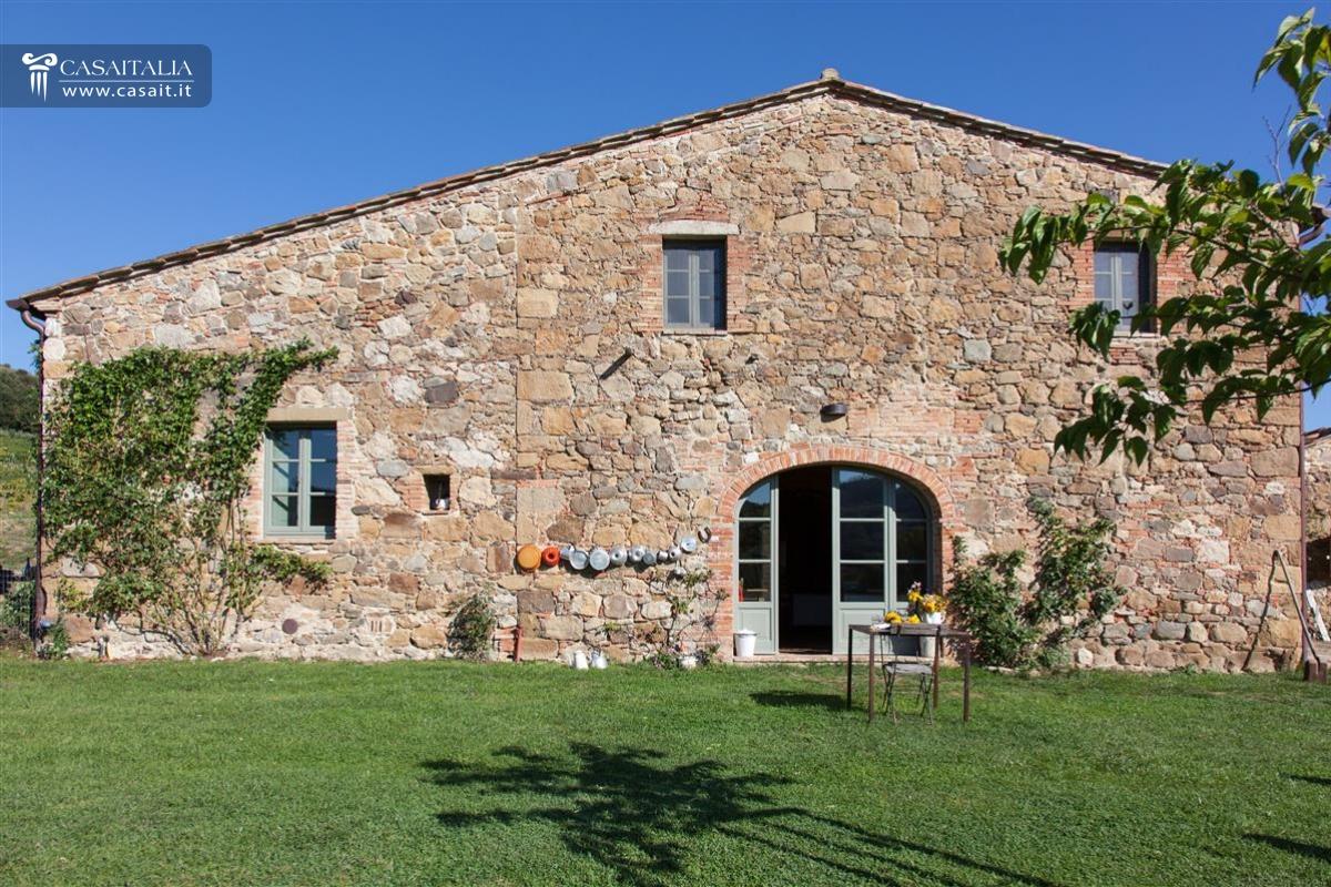 Toscana val d 39 orcia casale di lusso in vendita for Immagini di case in stile artigiano