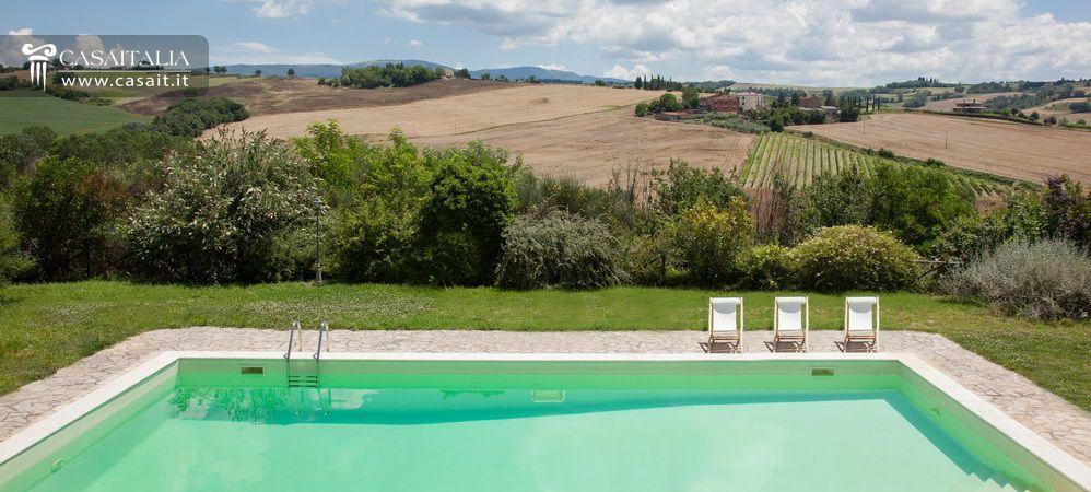 Casale di lusso con piscina in vendita a todi umbria - B b umbria con piscina ...