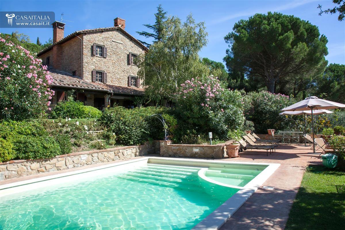 Villa in vendita sul lago trasimeno - Ville con piscina in vendita ...