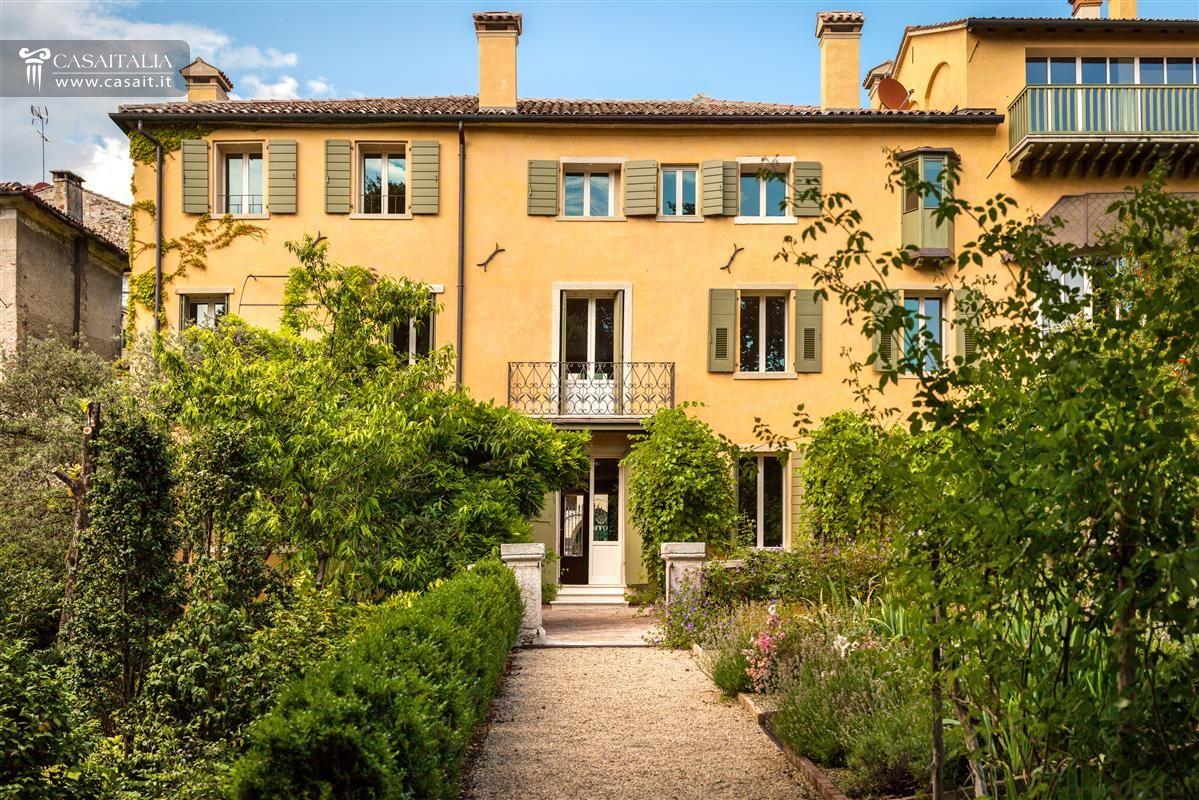 Villa di pregio ad asolo in vendita for Lusso home