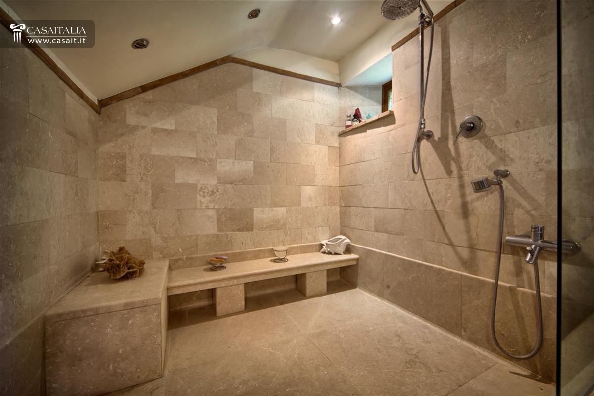 Sala Da Bagno Lusso : Sala da bagno di lusso sedia classica in legno per sala da pranzo