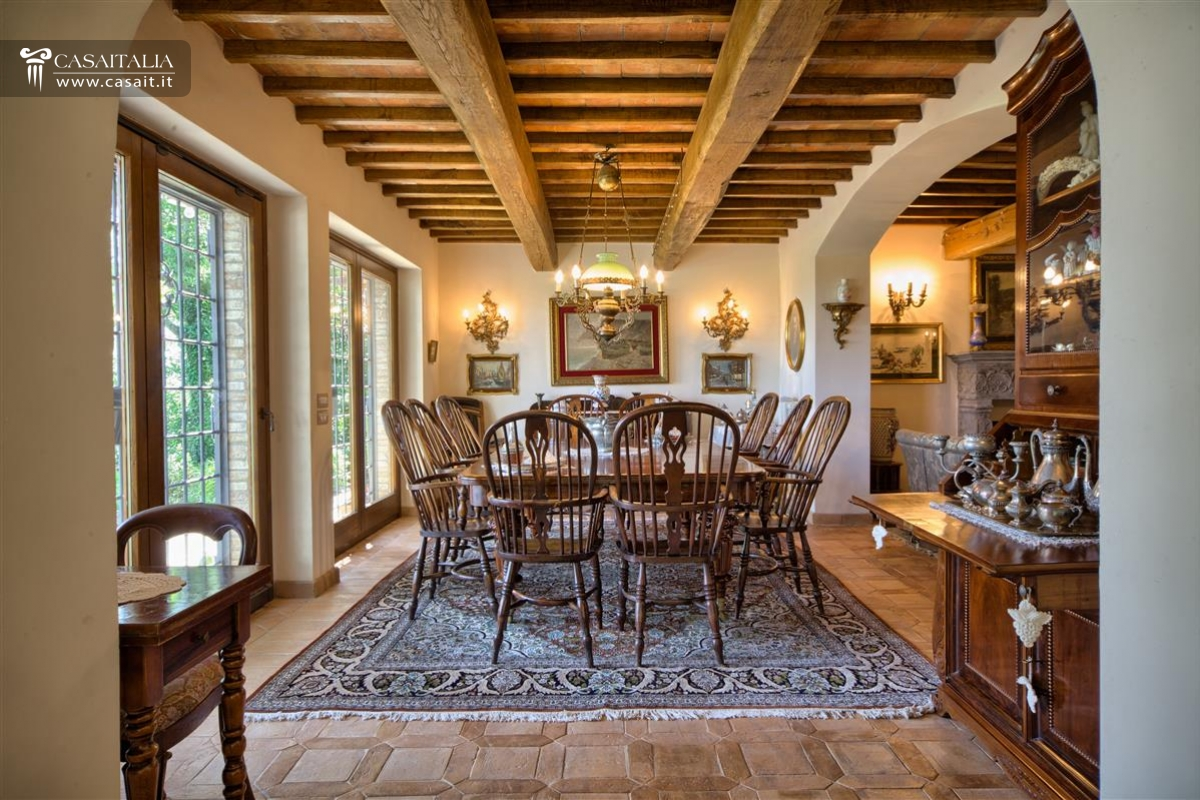 Todi Casale Con Vigneto E Uliveto In Vendita #6A4222 1200 800 Sala Da Pranzo Luxury