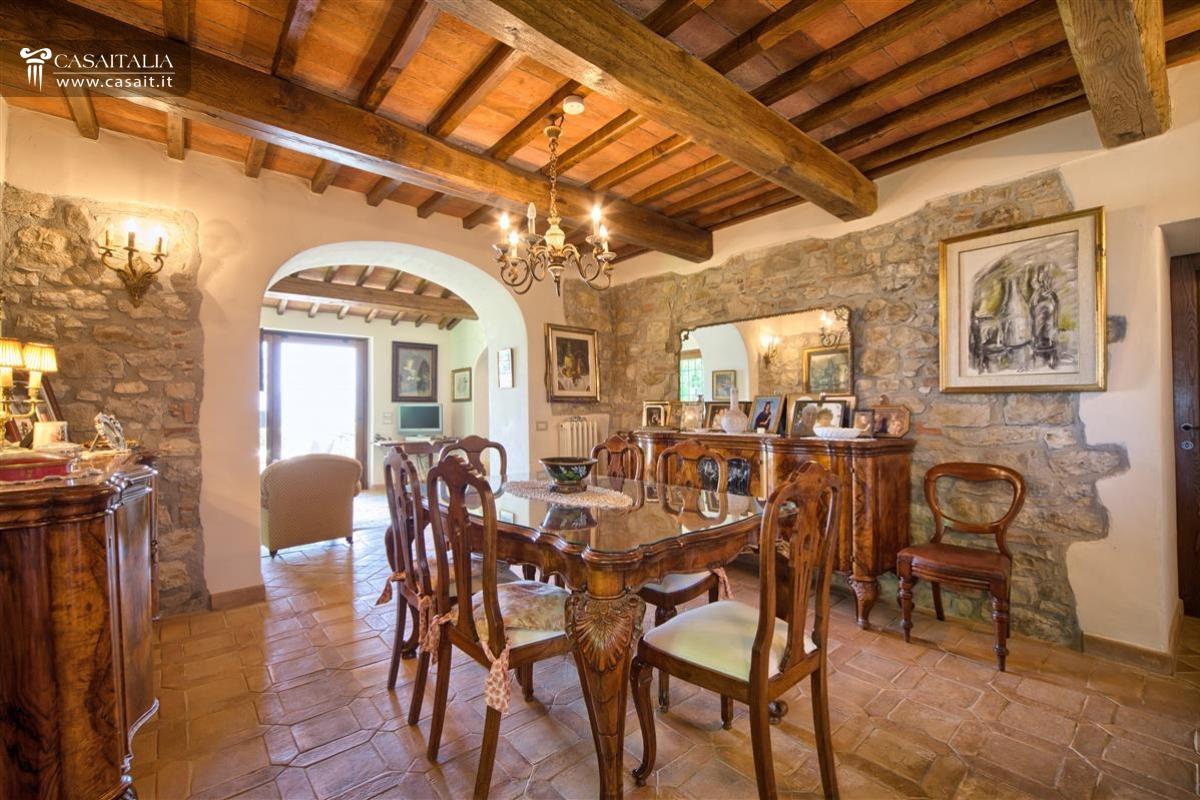 Todi Casale Con Vigneto E Uliveto In Vendita #411F0E 1200 800 Sala Da Pranzo Stile Veneziano Usata