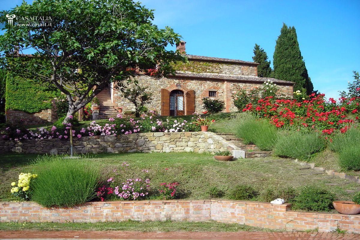 Toscana torrita di siena vendita casale con piscina - Casale in toscana ...