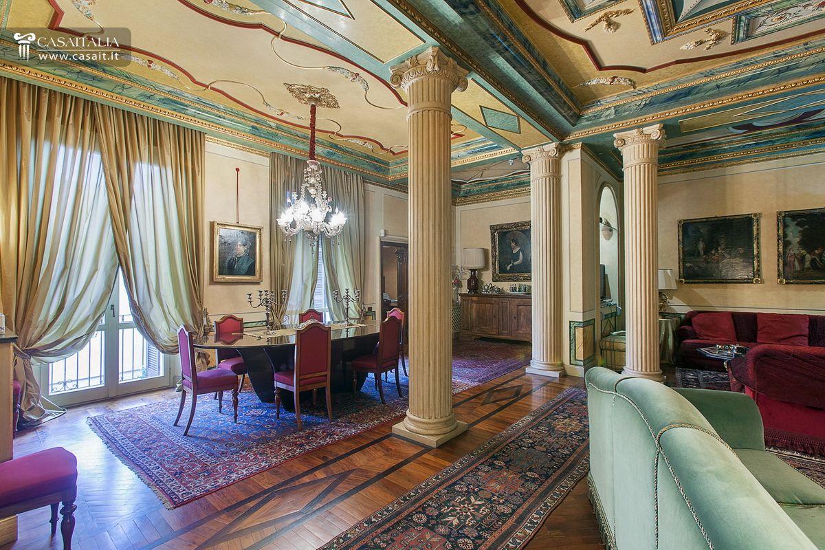 Appartamento di lusso in vendita a cremona for Case in vendita centro storico milano